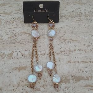 Chikoos long gold earring with pearls